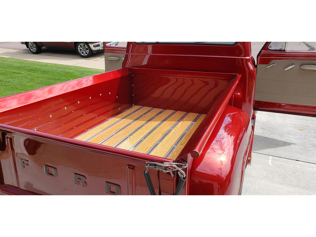 1953 Ford F100 Pickup Candy Apple Red 4.jpg