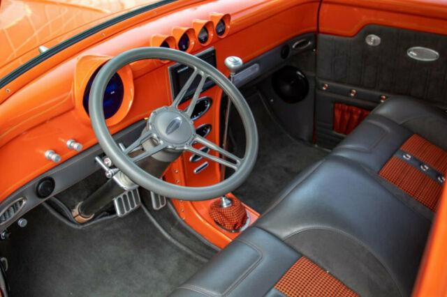 1953 Ford F100 Pickup Truck Orange 12.jpg