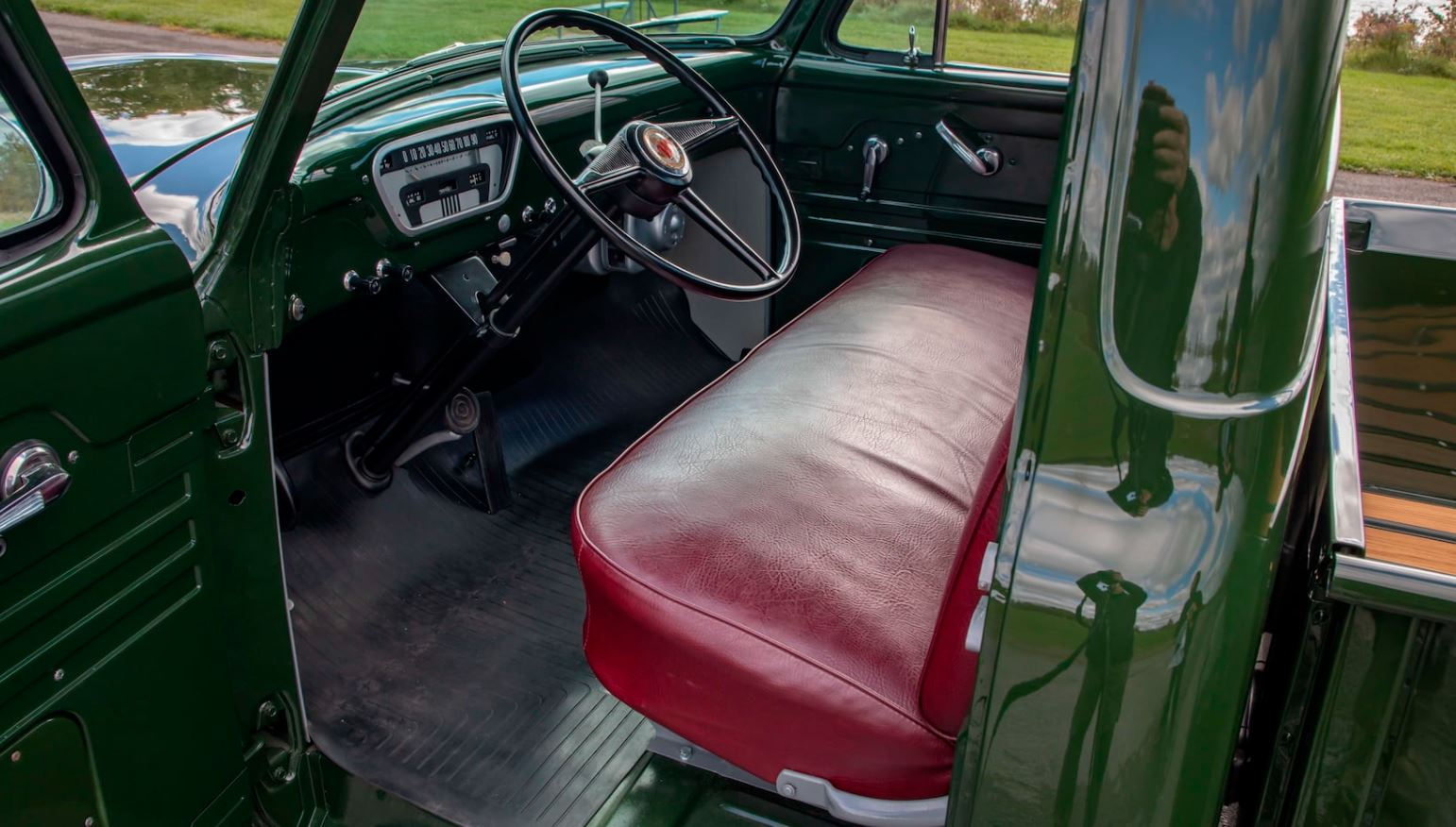 1953 MERCURY M100 PICKUP 5.JPG