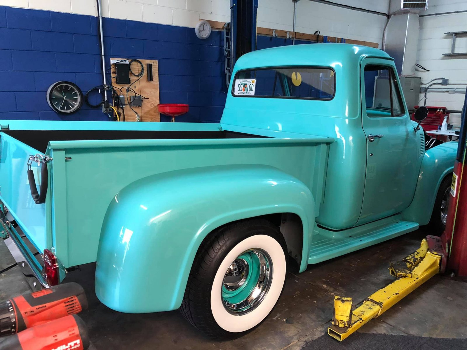 1955 Ford F100 Pickup With Ford 302 Engine 4.jpg