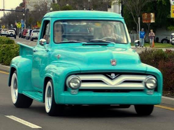 1955 Ford F100 Pickup With Ford 302 Engine 6.jpg