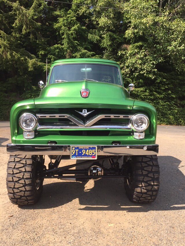 1955 Ford F100 With a 460 4x4 6.jpg