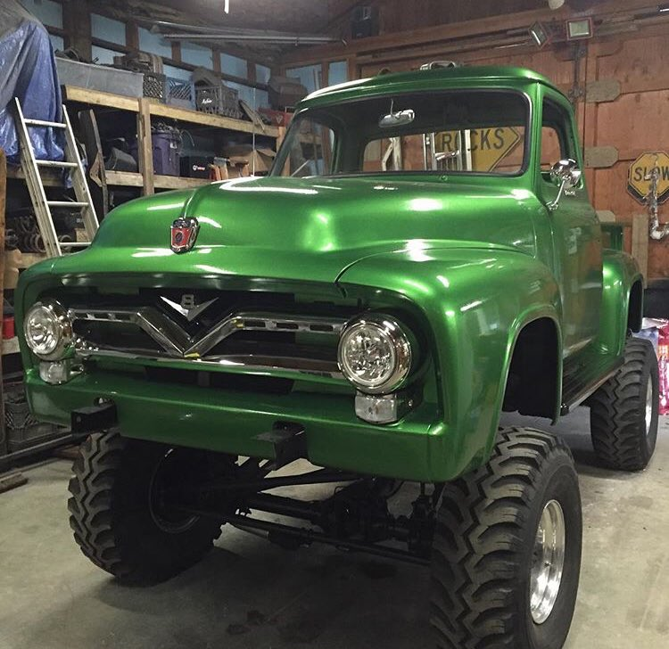 1955 Ford F100 With a 460 4x4 7.jpg