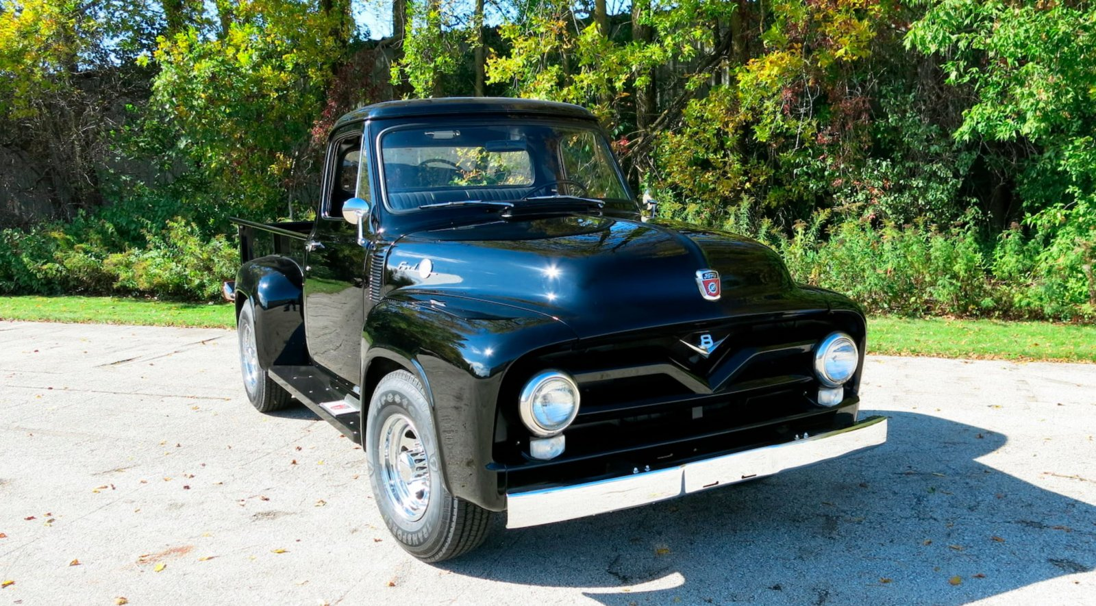 1955 Ford F250 Pickup Truck With a 239ci Tri-Power 4.JPG