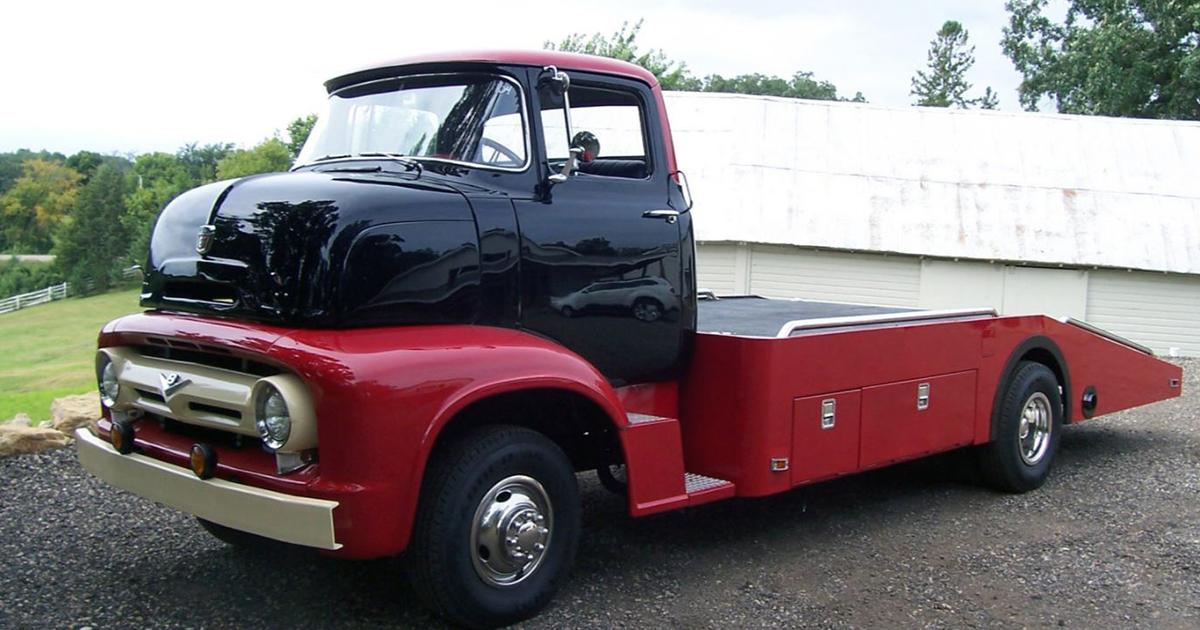 1956 FORD COE 351 CI V8.jpg