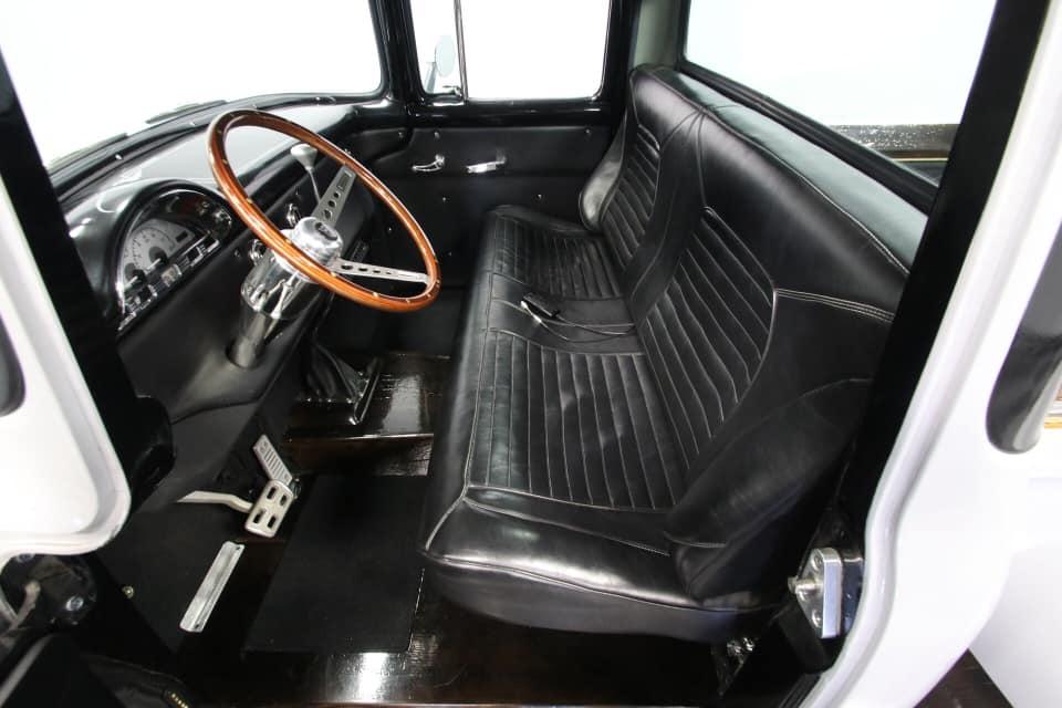 1956 FORD F100 PICKUP TRUCK 4.jpg