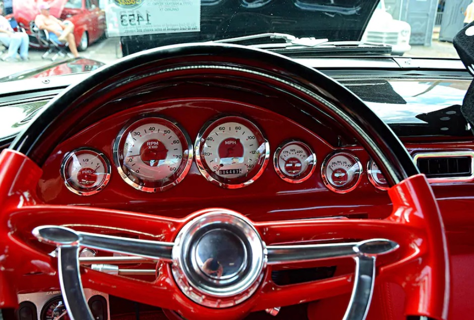 1957 Ford Fairlane 500 With 4.6L Cobra Engine 6.jpg