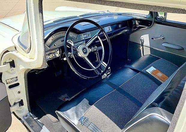 1958-ford-custom-300-interior.jpg