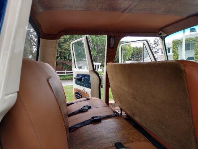 1961 Ford F-250 Crew Cab Custom 4x4 11.jpg