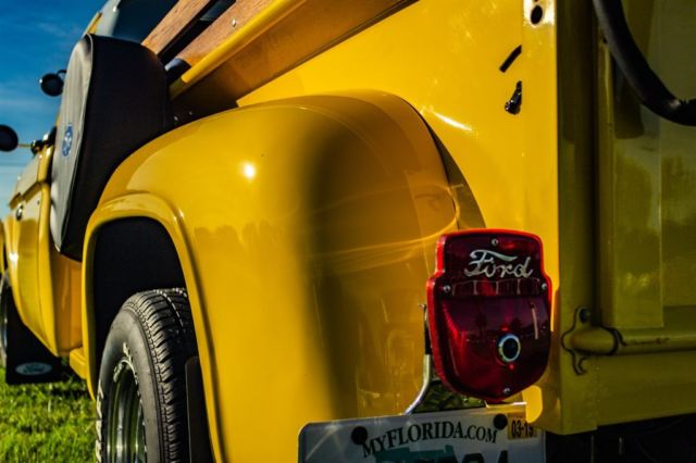 1964 Ford F100 Twin I Beam Pick Up Truck 6.jpg