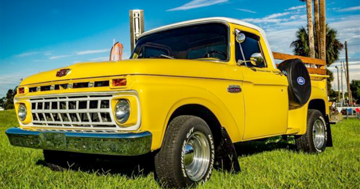 1964 Ford F100 Twin I Beam Pick Up Truck.jpg