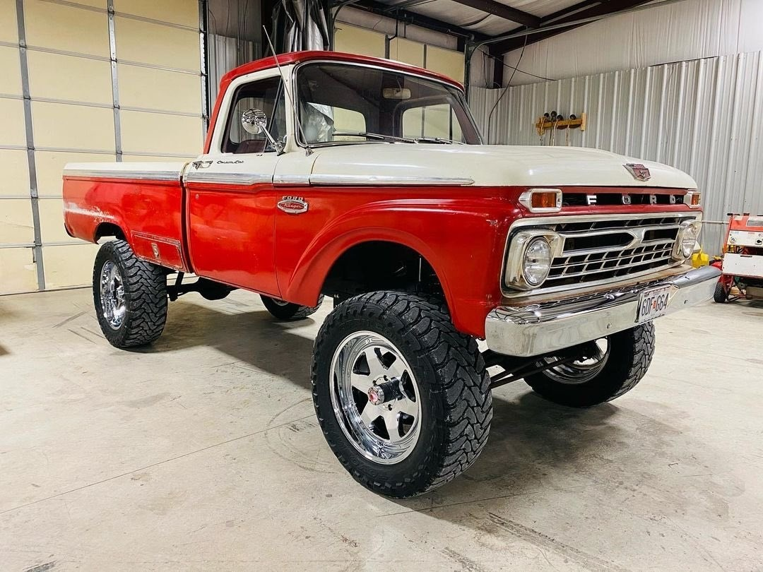 1965 F100 Ranger With a 460 4x4 7.jpg