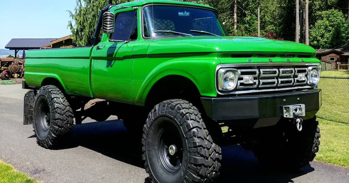 1965 Ford F100 With a 64 Grill On 41.5 Pitbull Tires.jpg