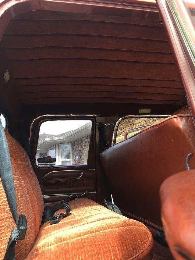 1965 Ford F250 Crew Cab 4x4 7.jpg