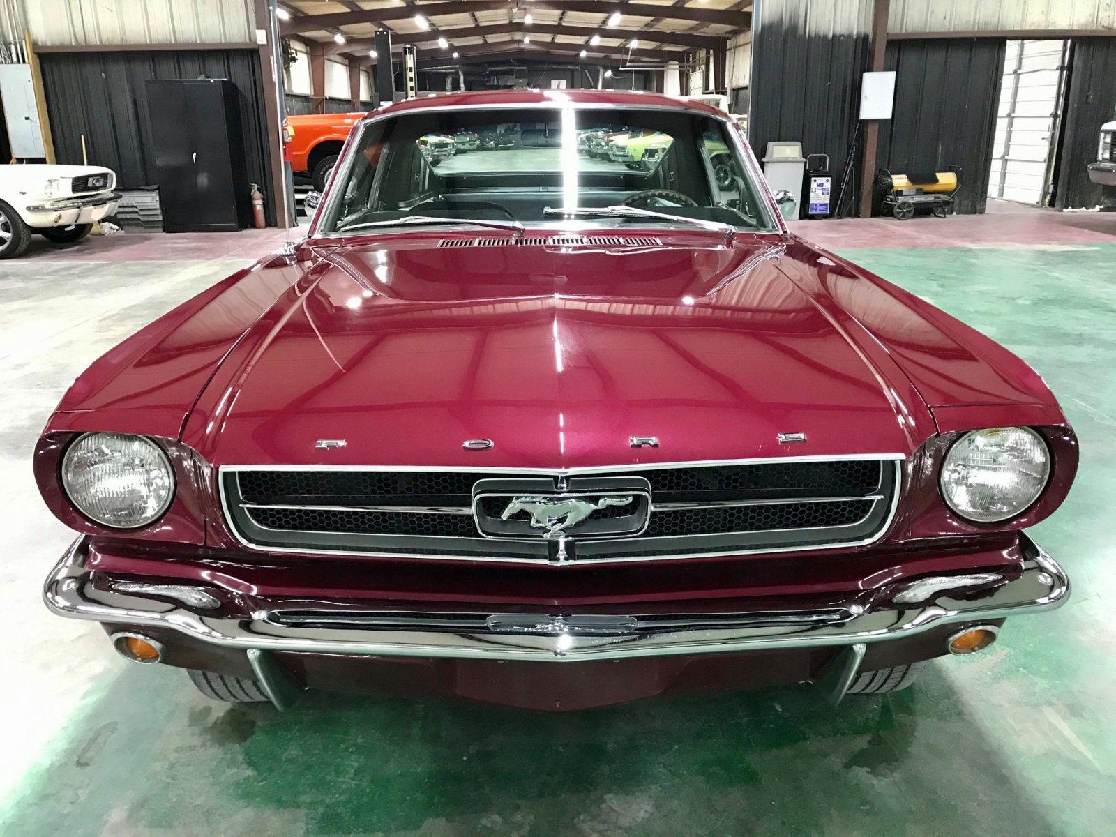 1965 FORD MUSTANG FASTBACK 289 V8 VINTAGE BURGUNDY 4.jpg