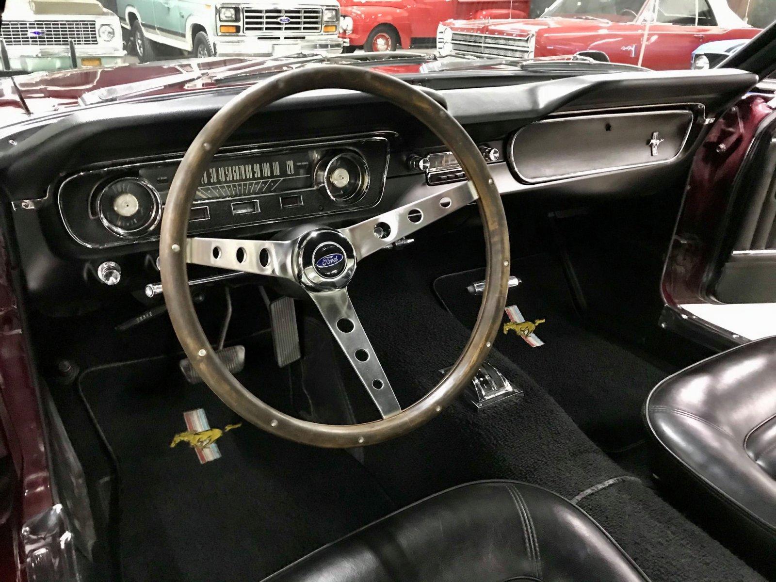 1965 FORD MUSTANG FASTBACK 289 V8 VINTAGE BURGUNDY 7.jpg
