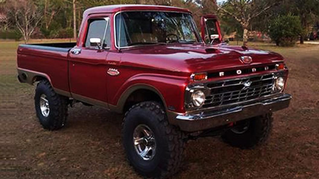 1966 F100 351 Cleveland Auto 4x4 Q78 Swampers.jpg