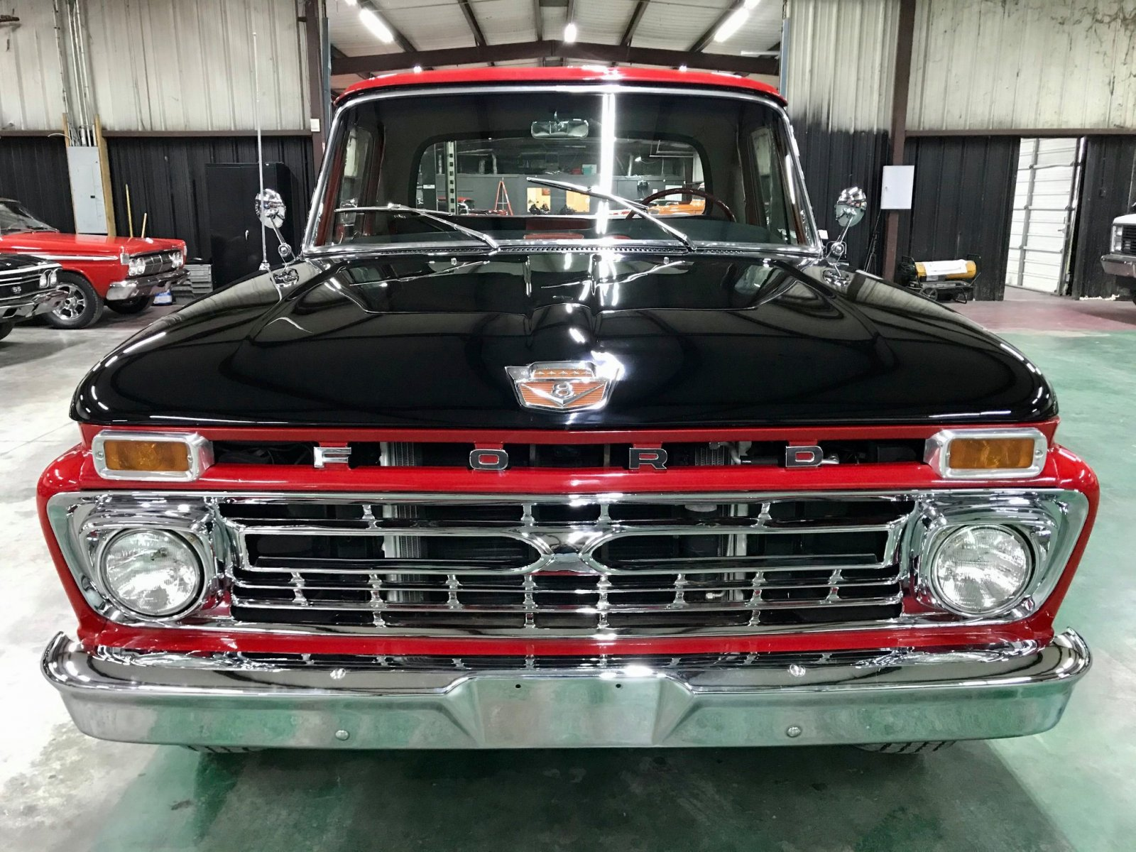 1966 Ford F-100 Custom Cab 429ci Big Block V8 8.jpg
