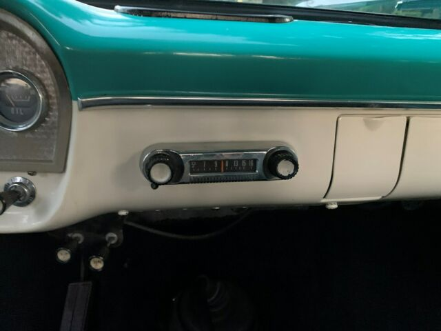 1966 Ford F100 Custom 4x4 11.jpg