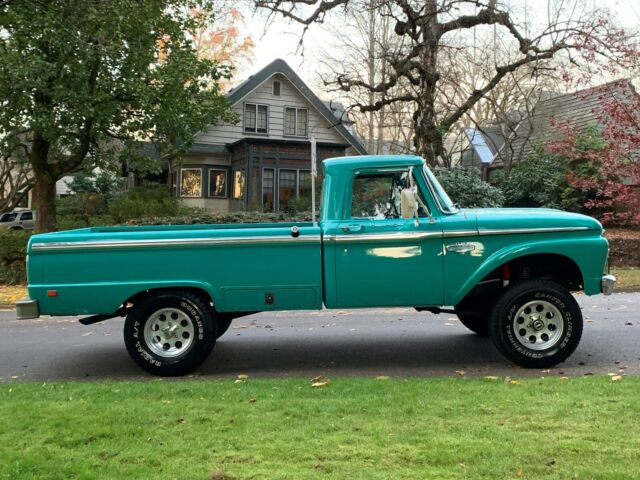 1966 Ford F100 Custom 4x4 5.jpg