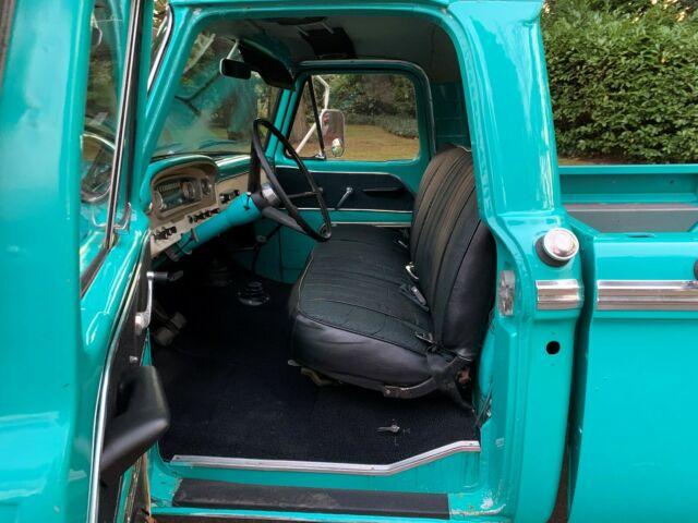 1966 Ford F100 Custom 4x4 7.jpg