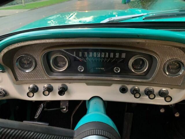 1966 Ford F100 Custom 4x4 8.jpg