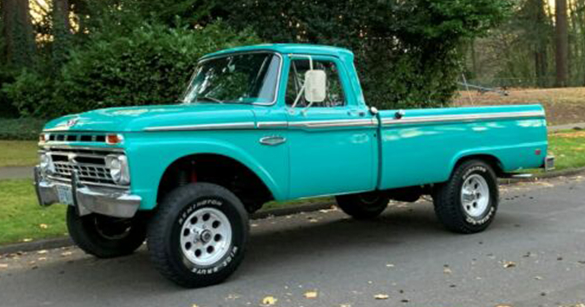 1966 Ford F100 Custom 4x4.jpg