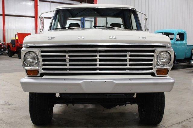 1967-ford-f250-5436-miles-white-pickup-truck-460ci-v8-automatic-7.jpg