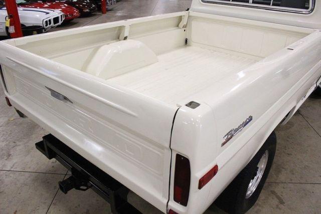 1967-ford-f250-5436-miles-white-pickup-truck-460ci-v8-automatic-9.jpg