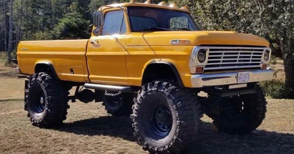 1968 Ford F350 With Harley Davidson Edition Seat.jpg
