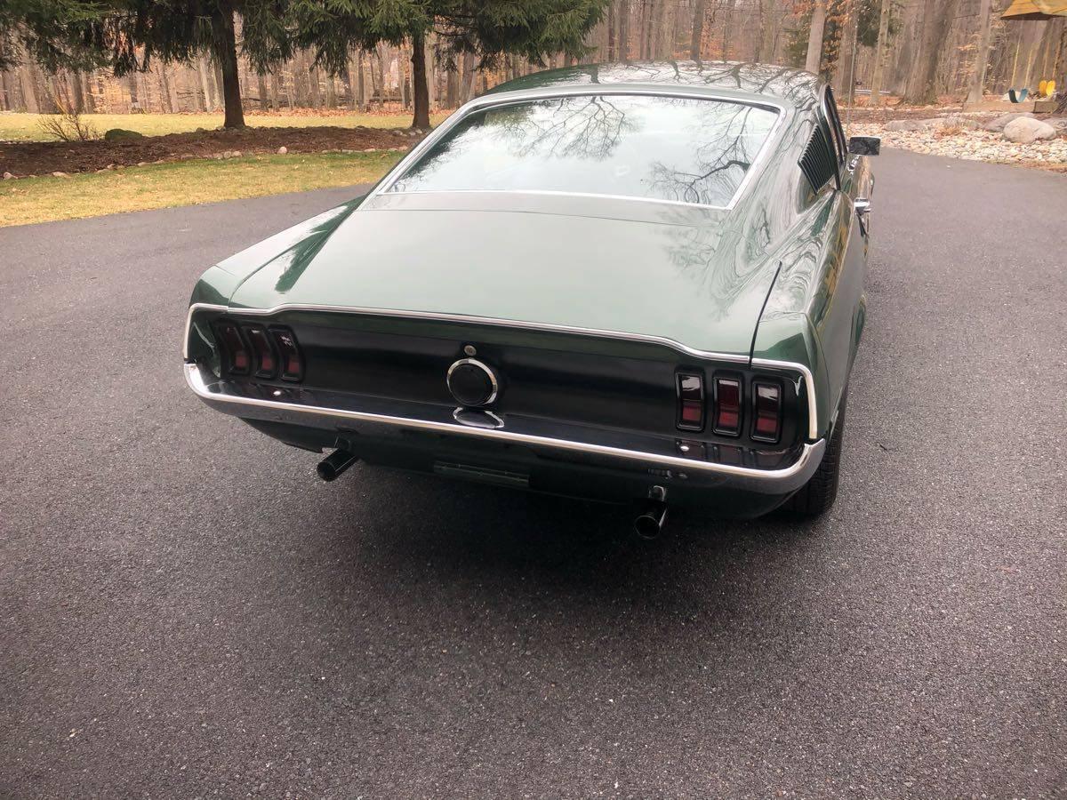 1968 Ford Mustang Fastback Bullitt Tribute 4.jpg