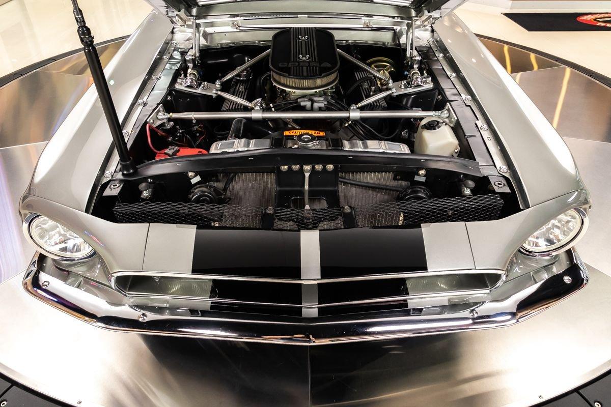 1968-ford-mustang-fastback-restomod (3).jpg