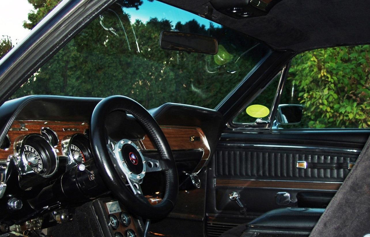 1968 Ford Mustang SHELBY GT500 KR Fastback 3.jpg
