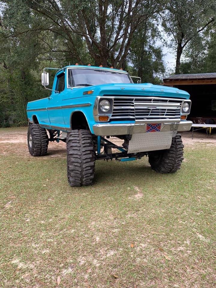 1969 Ford F250 460 Big Block Sitting On 40s 3.jpg