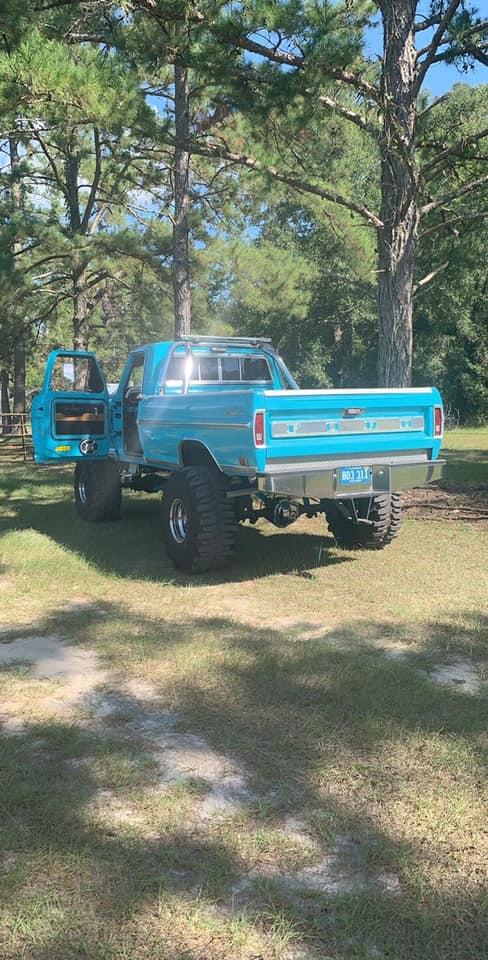 1969 Ford F250 460 Big Block Sitting On 40s 4.jpg
