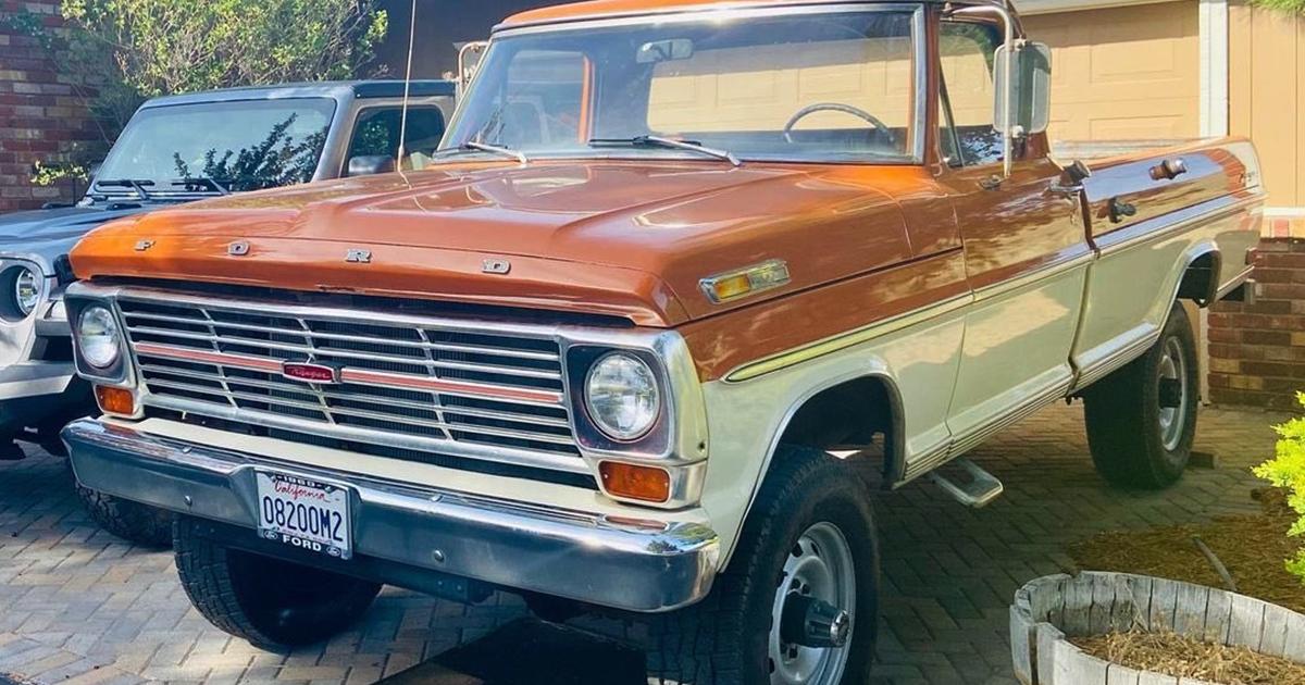 1969 Ford F250 Highboy Bumpside Two Tone 4x4 1.jpg