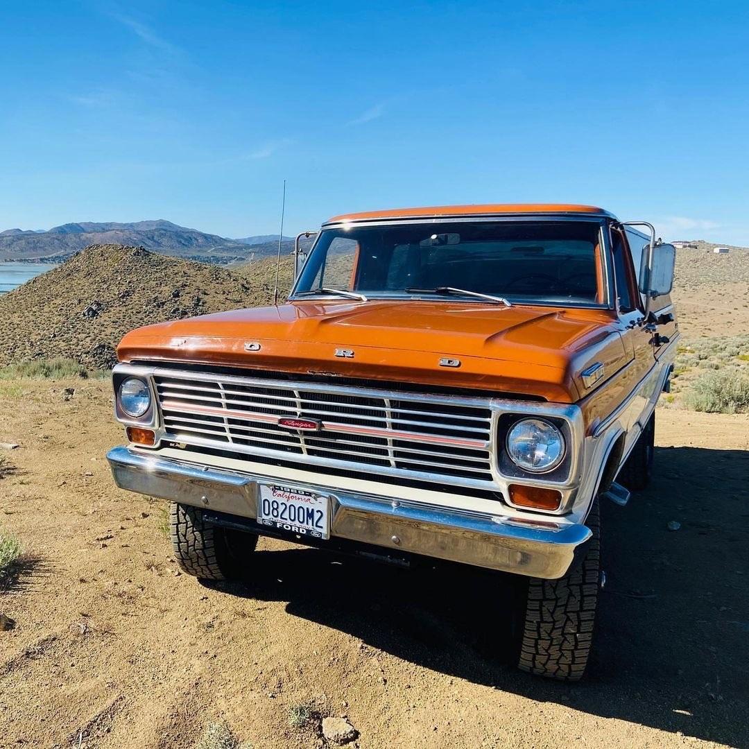 1969 Ford F250 Highboy Bumpside Two Tone 4x4 3.jpg
