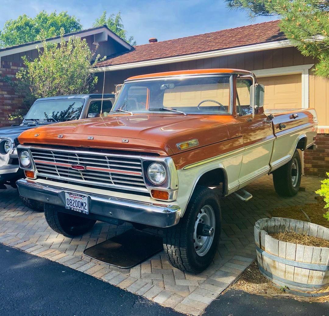 1969 Ford F250 Highboy Bumpside Two Tone 4x4 7.jpg