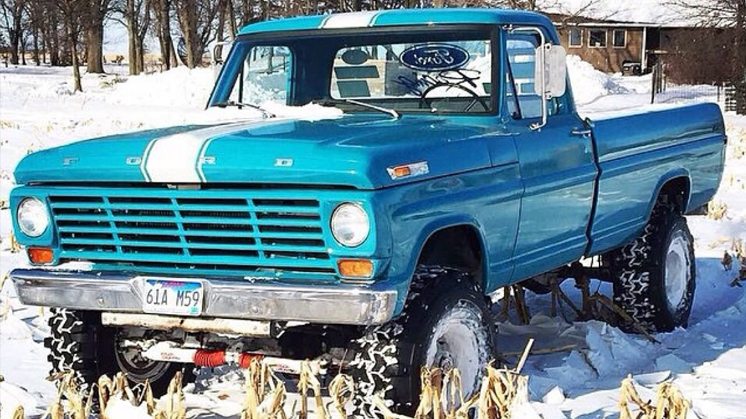1969 Ford F250 Highboy TSL Super Swampers.jpg