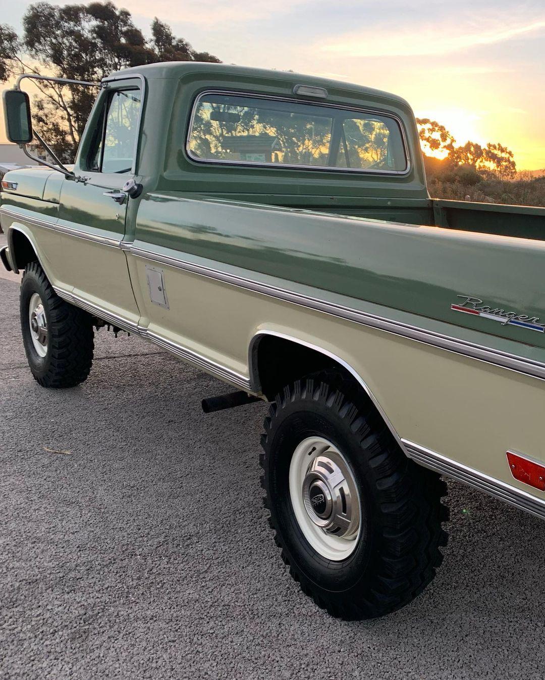 1969 Ford F250 Ranger 360FE 4x4 5.jpg