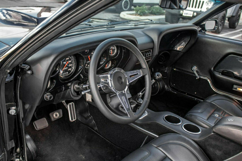 1969-Ford-Mustang-Boss-429-by-Classic-Recreationsc-.jpg