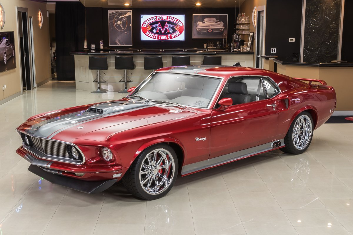 1969-ford-mustang-fastback-restomod.jpg
