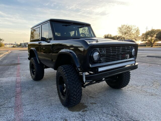 1970 Ford Bronco 4x4 For Sale 2.jpg