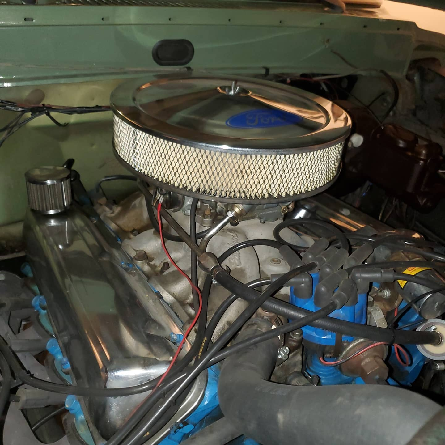 1970 Ford F-250 4x4 Powered By a 460 V8, Boxwood Green 4.jpg