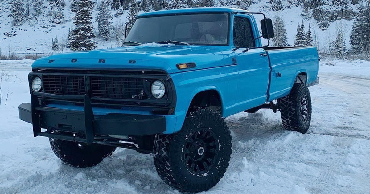 1970 Ford F-250 With a '75 460 Gasser.jpg