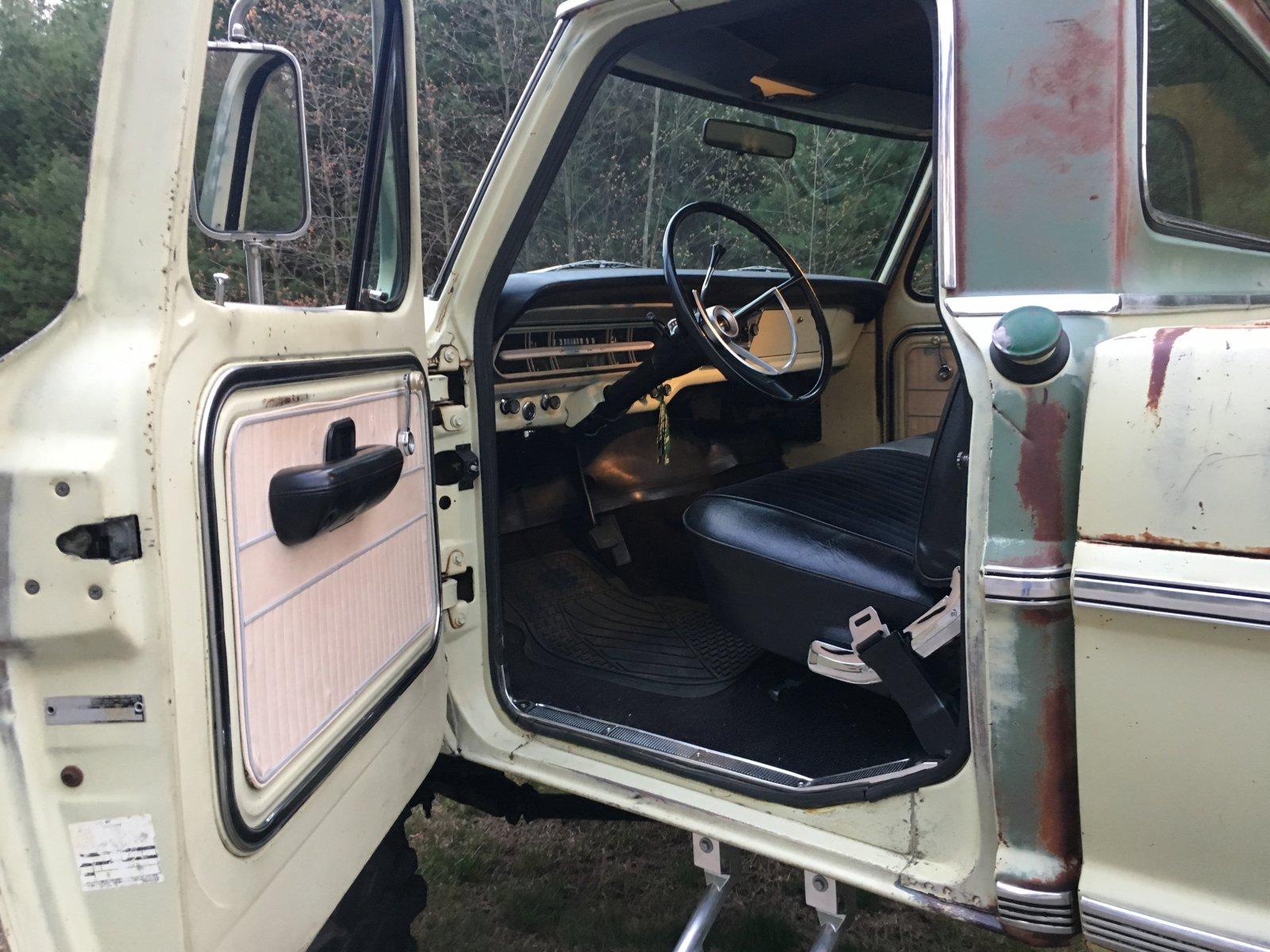 1970 Ford F250 3 4 Ton 4x4 7.jpeg