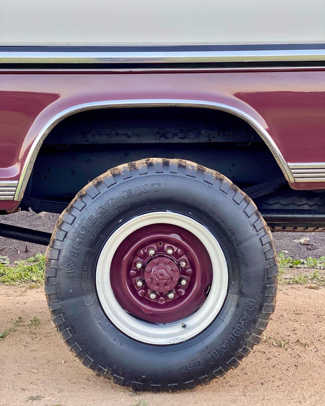 1971 Ford F-250 Highboy 4x4 12.jpg