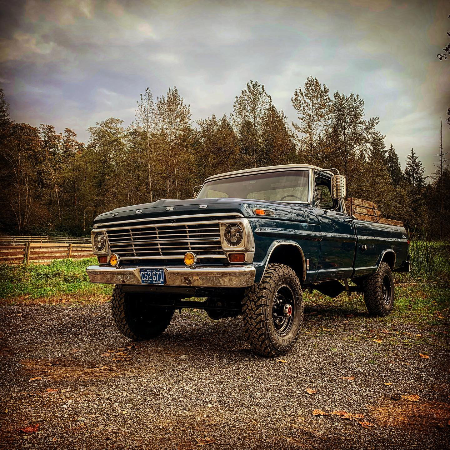 1971 Ford F-250 Highboy 4x4 2.jpg