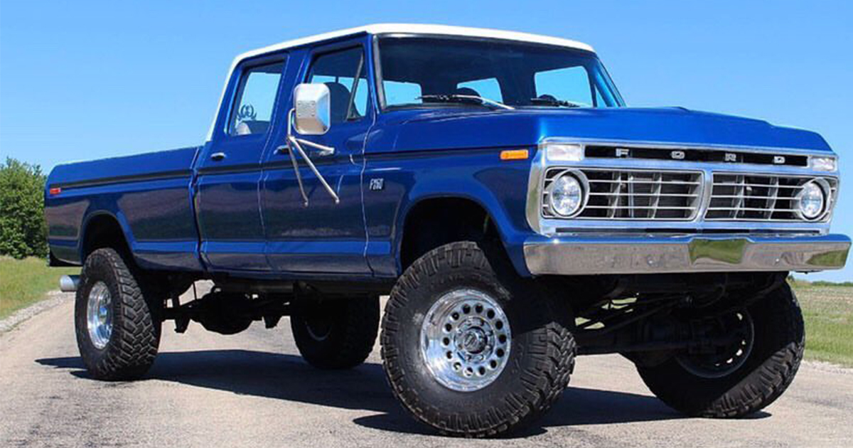 1973 Ford F-250 Highboy Crewcab 7.3L Powerstroke Built From Ground Up.jpg