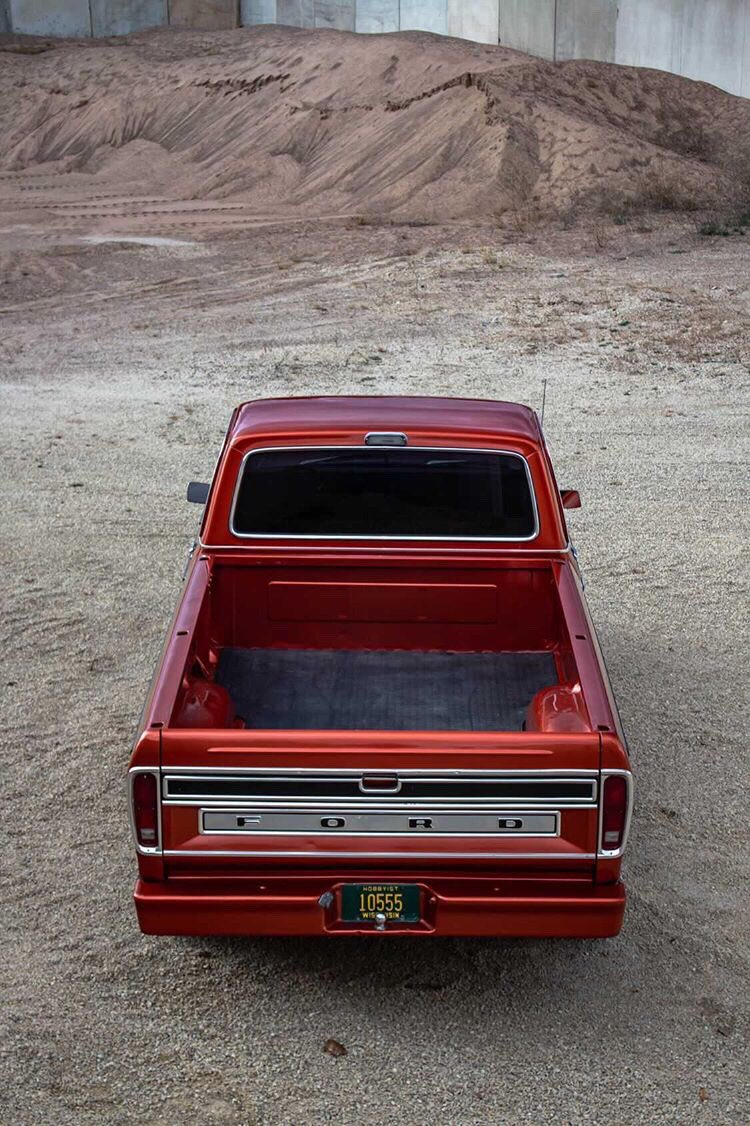 1973 Ford F100 Ranger XLT With a 428 Cobra Jet 11.jpg